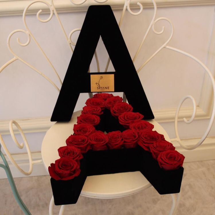 Pin By Amandinha On Letter A Flower Gift Ideas Romantic Valentines Gift Luxury Flowers
