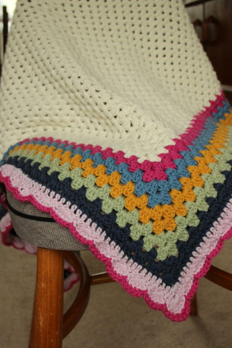 Crochet shawl. Ridiculously easy shawl pattern.   knitting   Pinterest