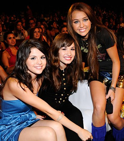 Selena Gomez, Demi Lovato, and Miley Cyrus (2oo8)