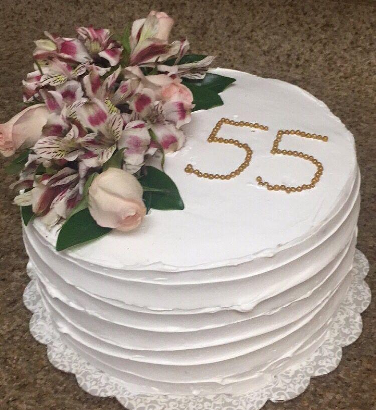 Simple cake decor