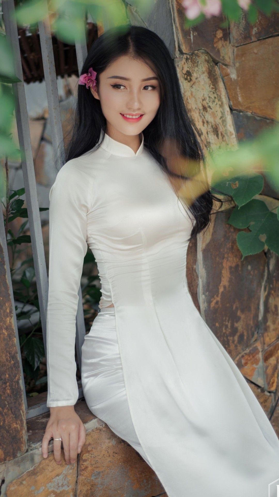 Vietnamese Teen Sexy - Skinny Nude Women