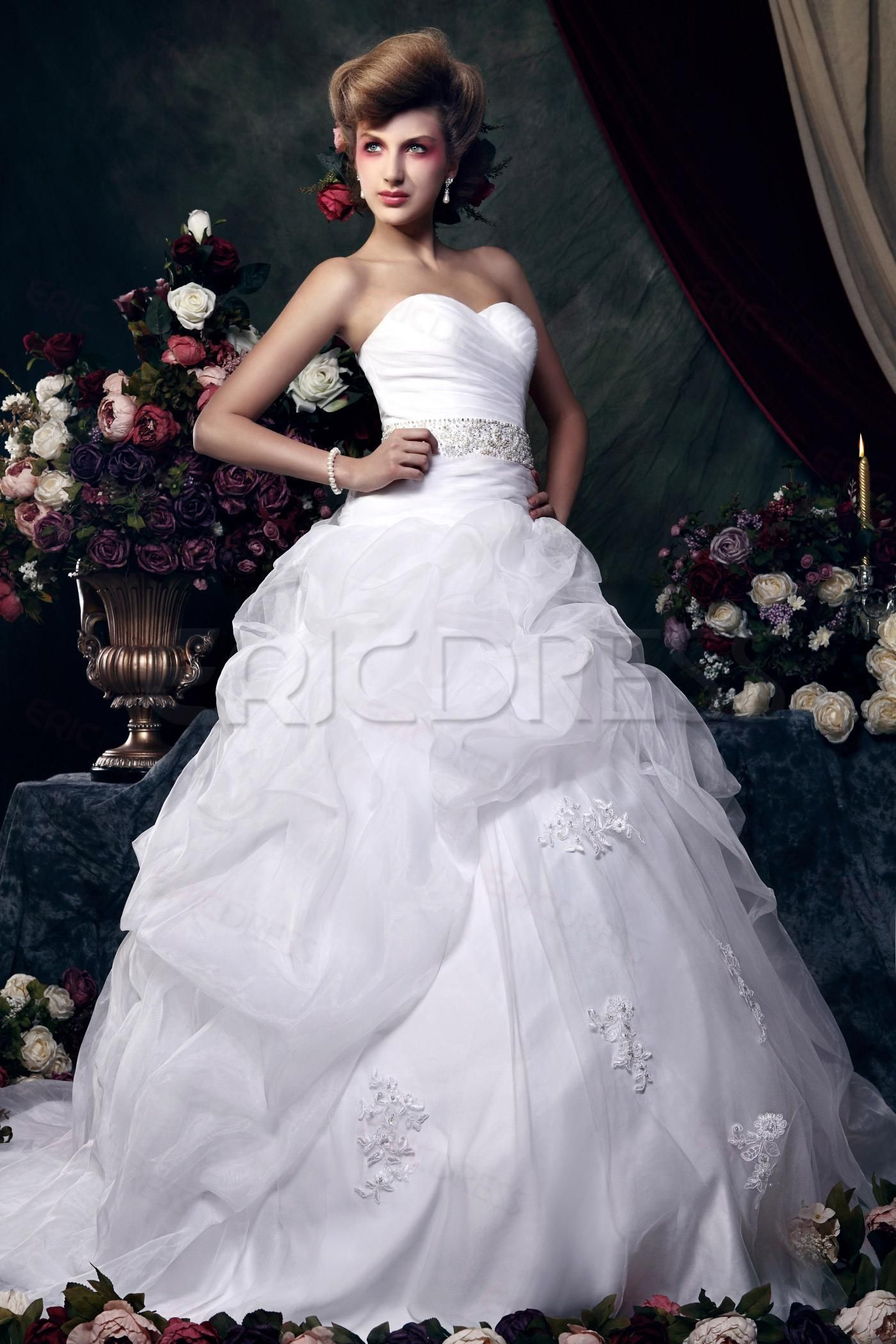 Awesome Ball Gown Sweetheart Floor-length Chapel Train Ruched ...