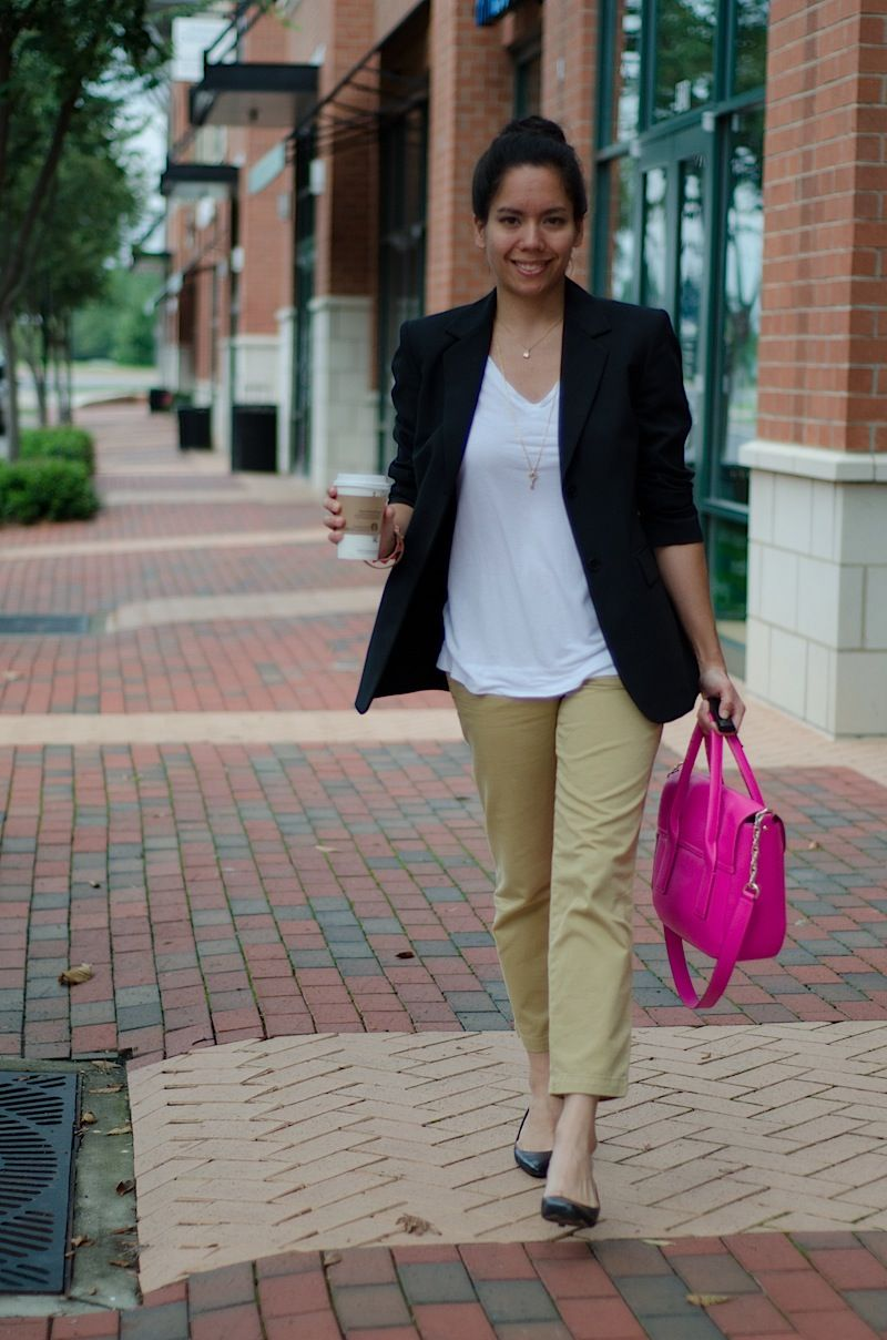 Modern dress casual - A Fresh Use Of An Over Sized Blazer For A Modern Business Casual Look
