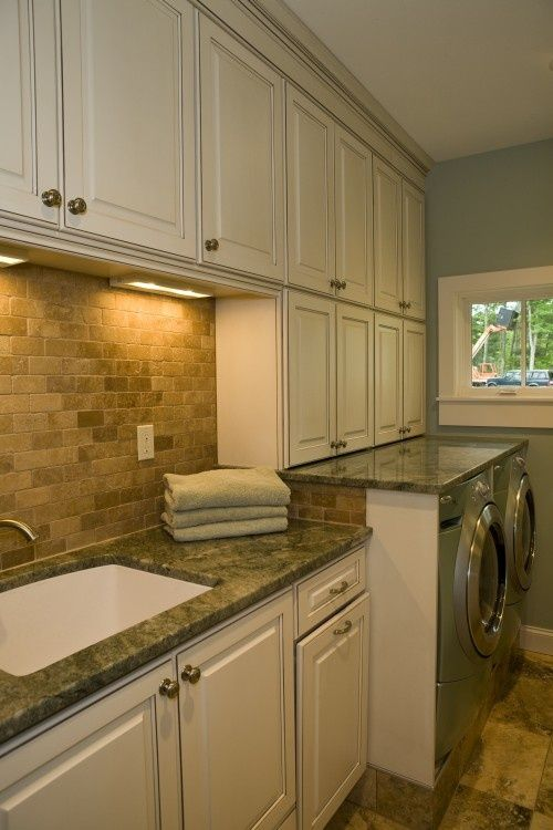 Staging To Sell   Neutral Tones, Chic Lighting, Granite Countertops And A  Great Stone