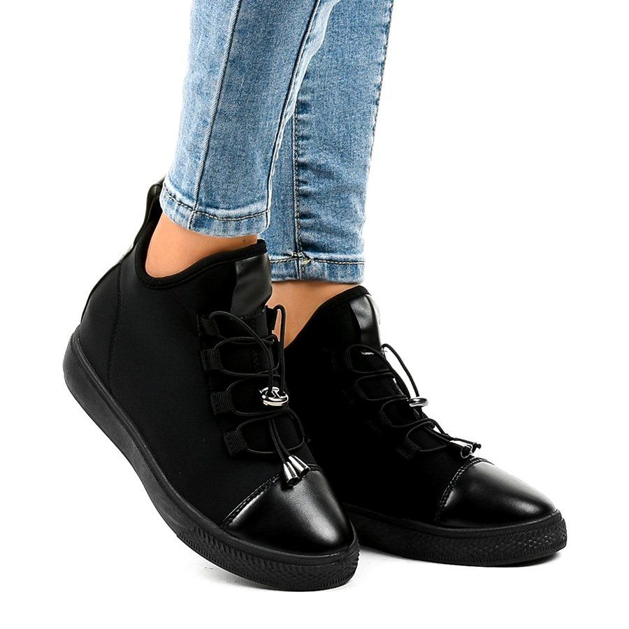 Czarne Ocieplane Trampki Wysokie Na Koturnie Xy 35 All Black Sneakers Sneakers Shoes