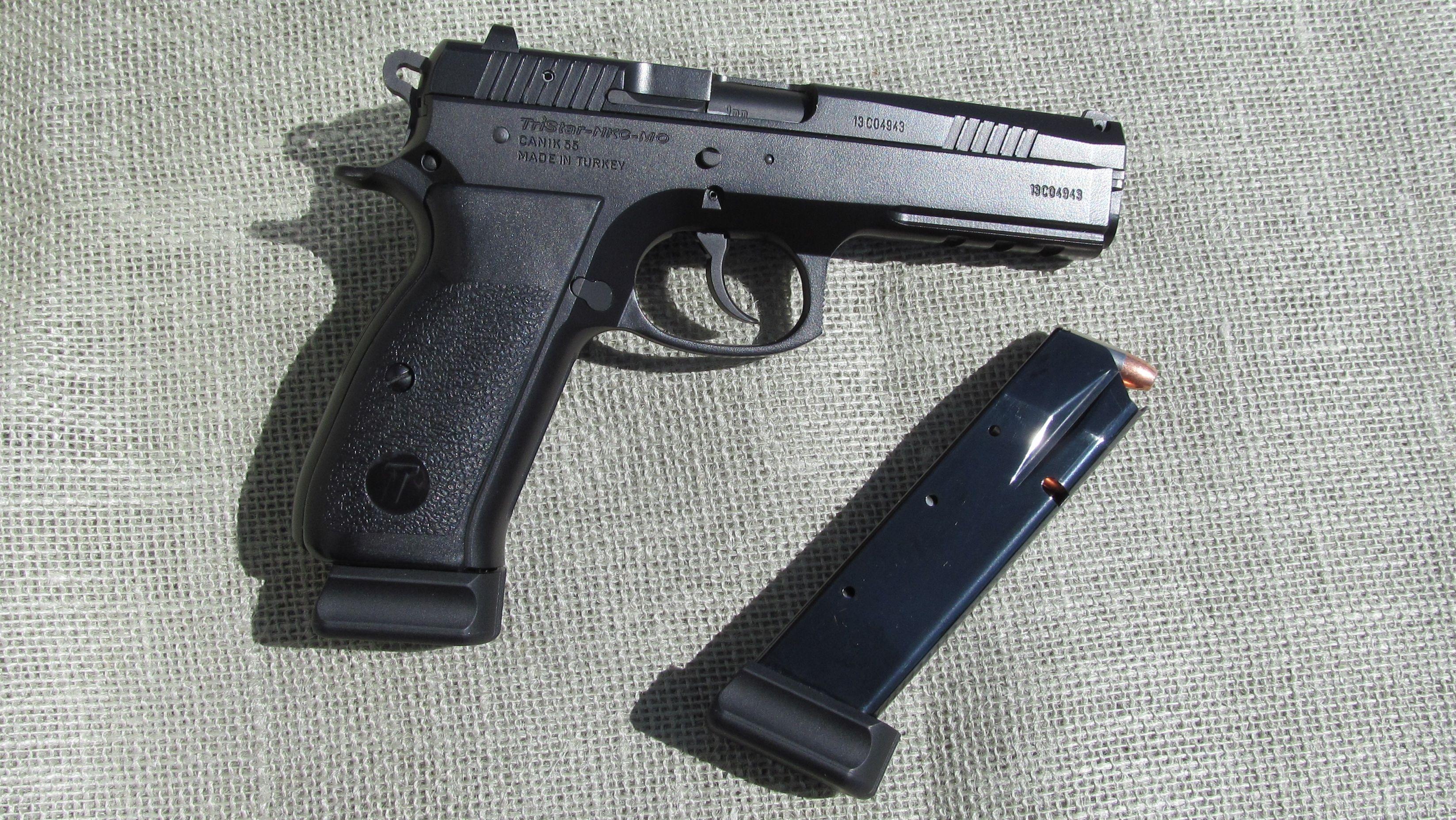 Pin On Handgun Rifle And Balas