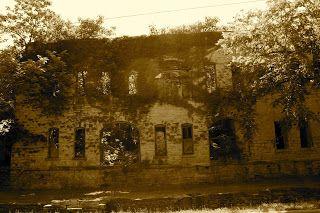 Old, abandoned ice house in Eureka Springs, Arkansas