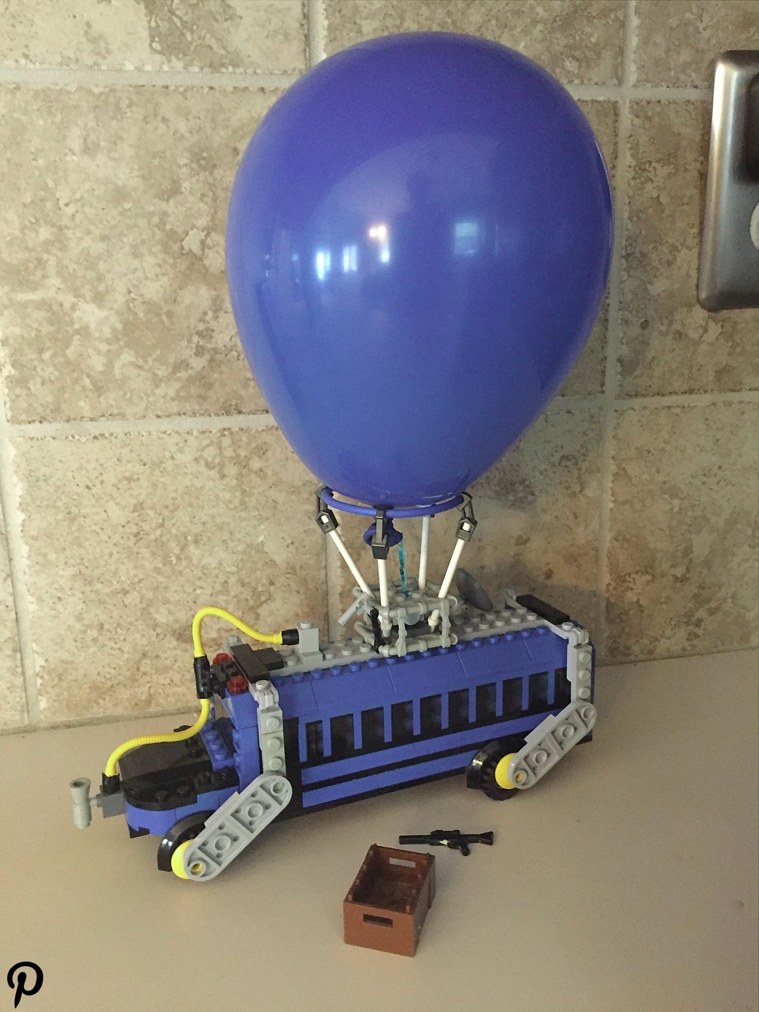 Lego battle bus fortnite Lego battle bus fortnite