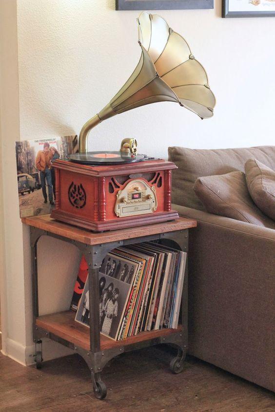 Notre s lection de meubles pour ranger ses vinyles en 2019 music books movies icons - Meuble rangement pour disque vinyle ...