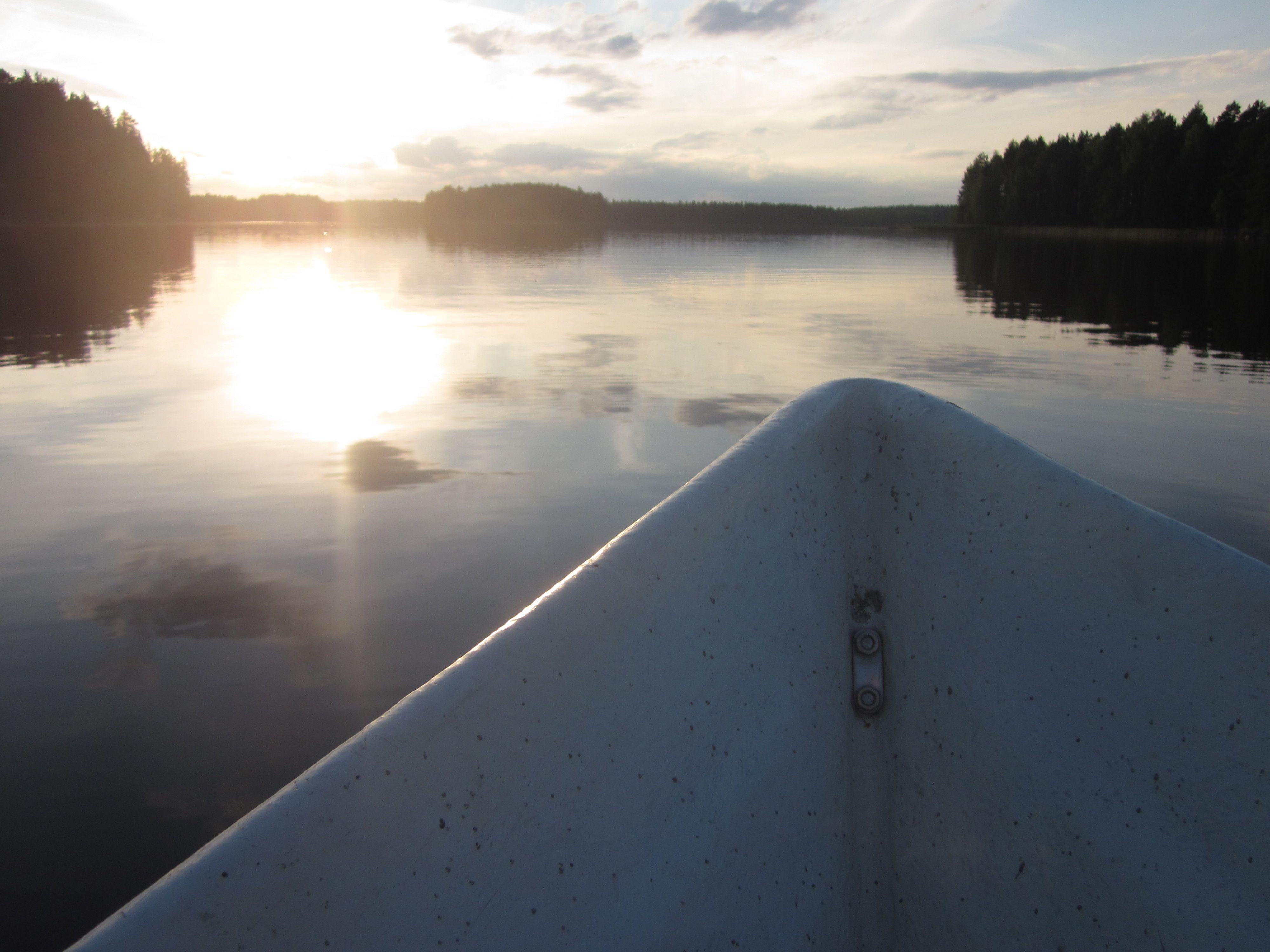 So silent, so beautiful moment in Kivijärvi lake. #kivijaervi #moment #Finland #august
