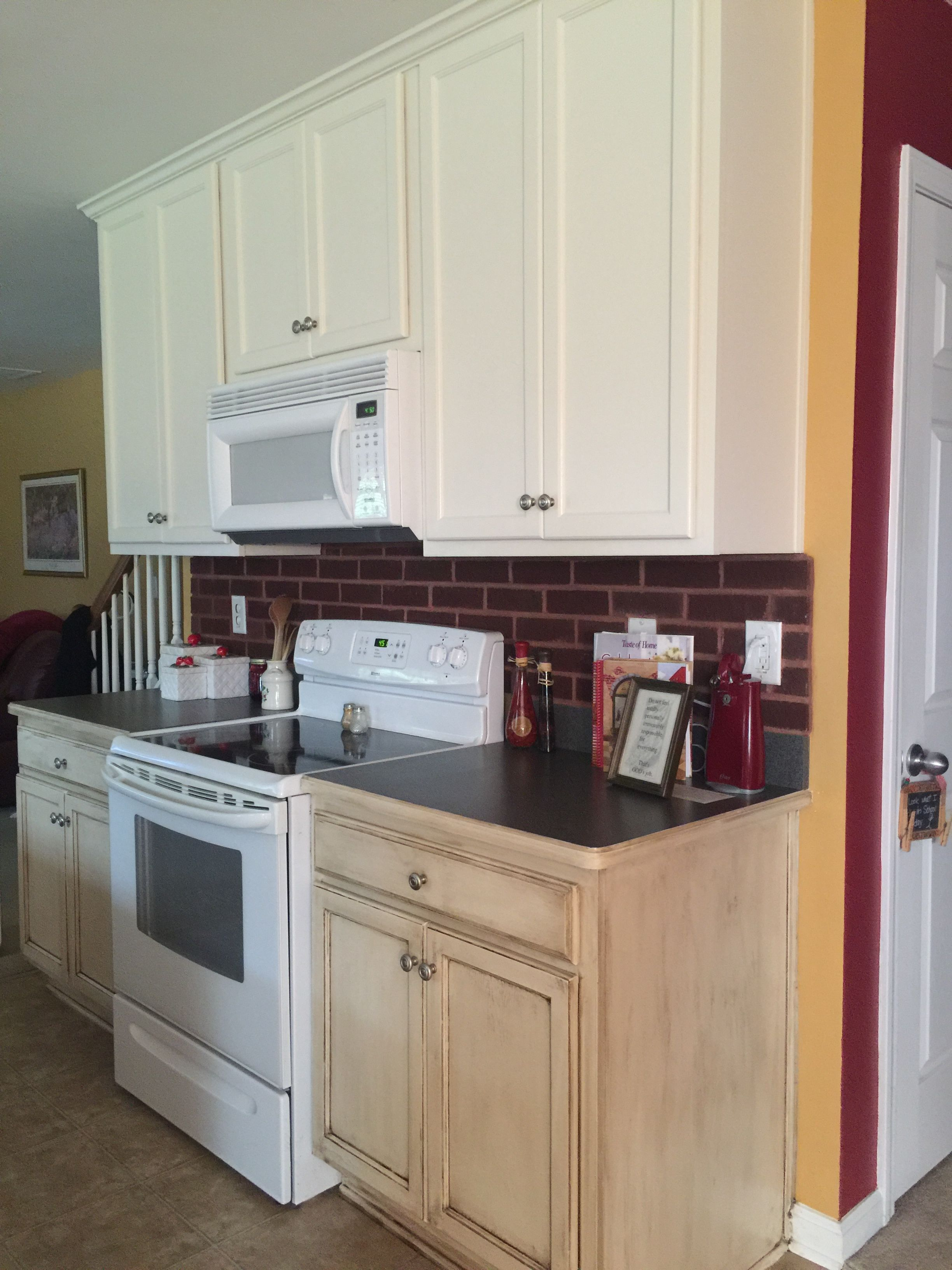 Two Tone Kitchen Upper Cabinets Painted With Behr Antique White Lower Cabinets Distress Painting Kitchen Cabinets Laminate Kitchen Cabinets Kitchen Cabinets