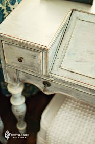 Miss Mustard Seed: Milk Paint vs. Chalk Paint