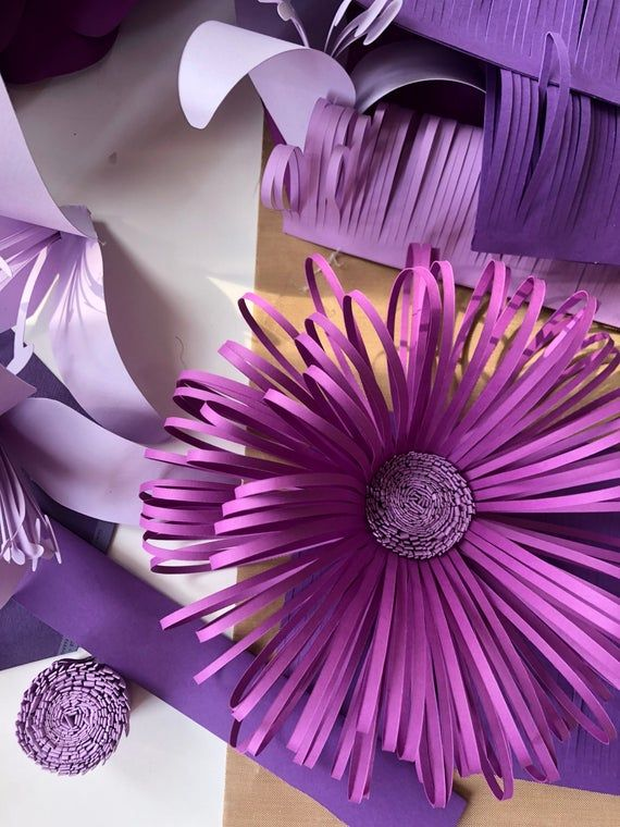 Loopy Paper Flower Center SVG Cut file - Paper Flower Center Pattern, DIY Paper Flower.