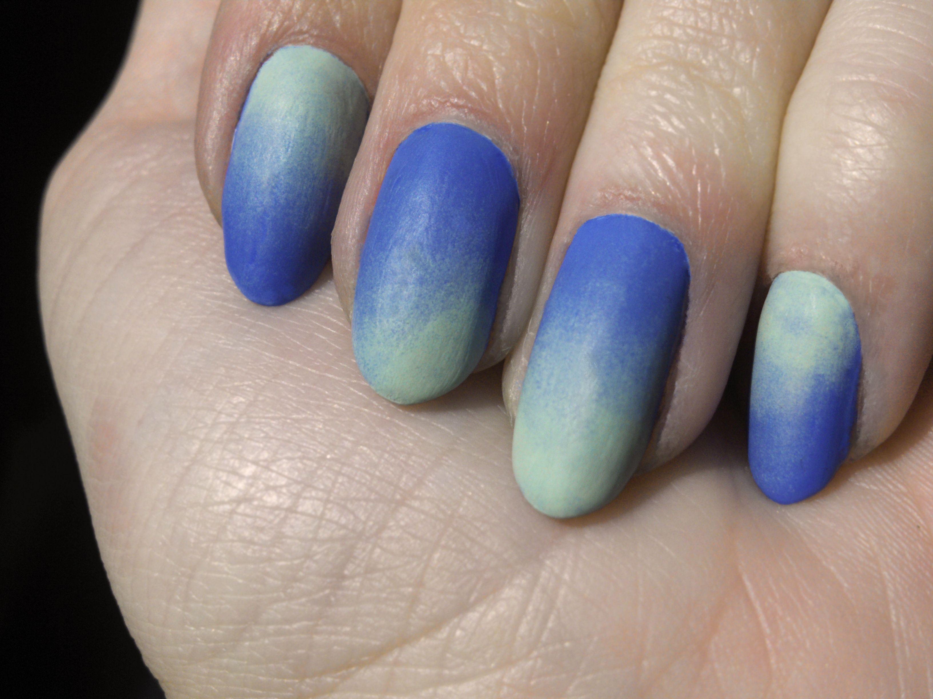 matte ombre manicures