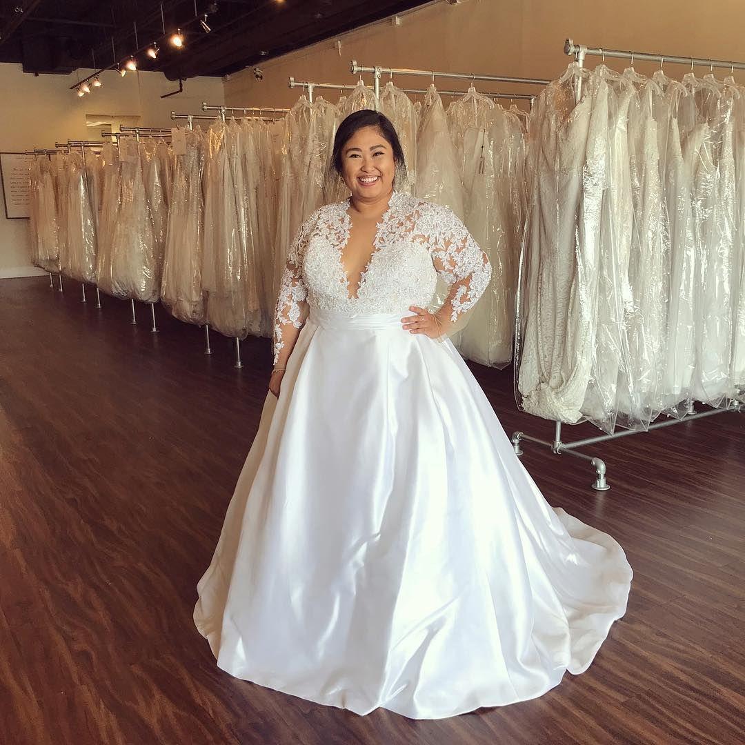 Demetrios Boutique Plus Size Wedding Plus Size Wedding Gowns Wedding Dresses