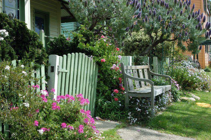 Cottage Garten: Gestaltungsideen für einen romantischen Garten im ...