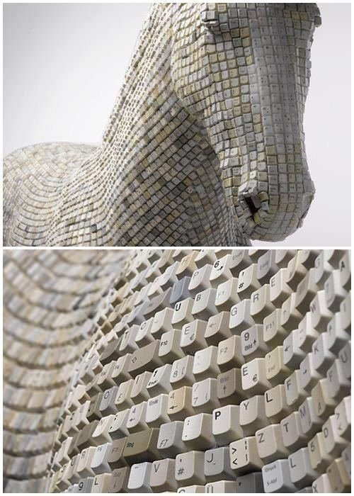 Unusual sculpture of a horse....made of recycled computer keys                                                                                                                                                      More #recycledart