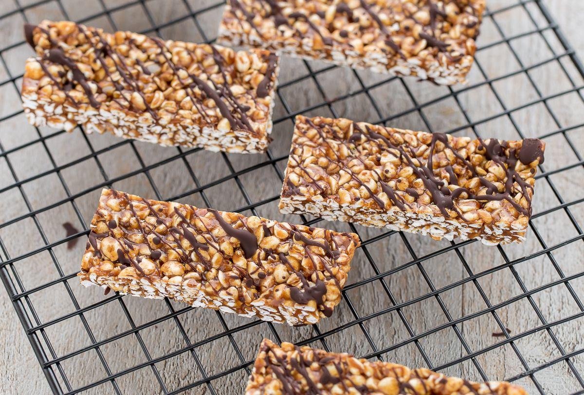 3 ingredients puffed buckwheat peanut butter chocolate