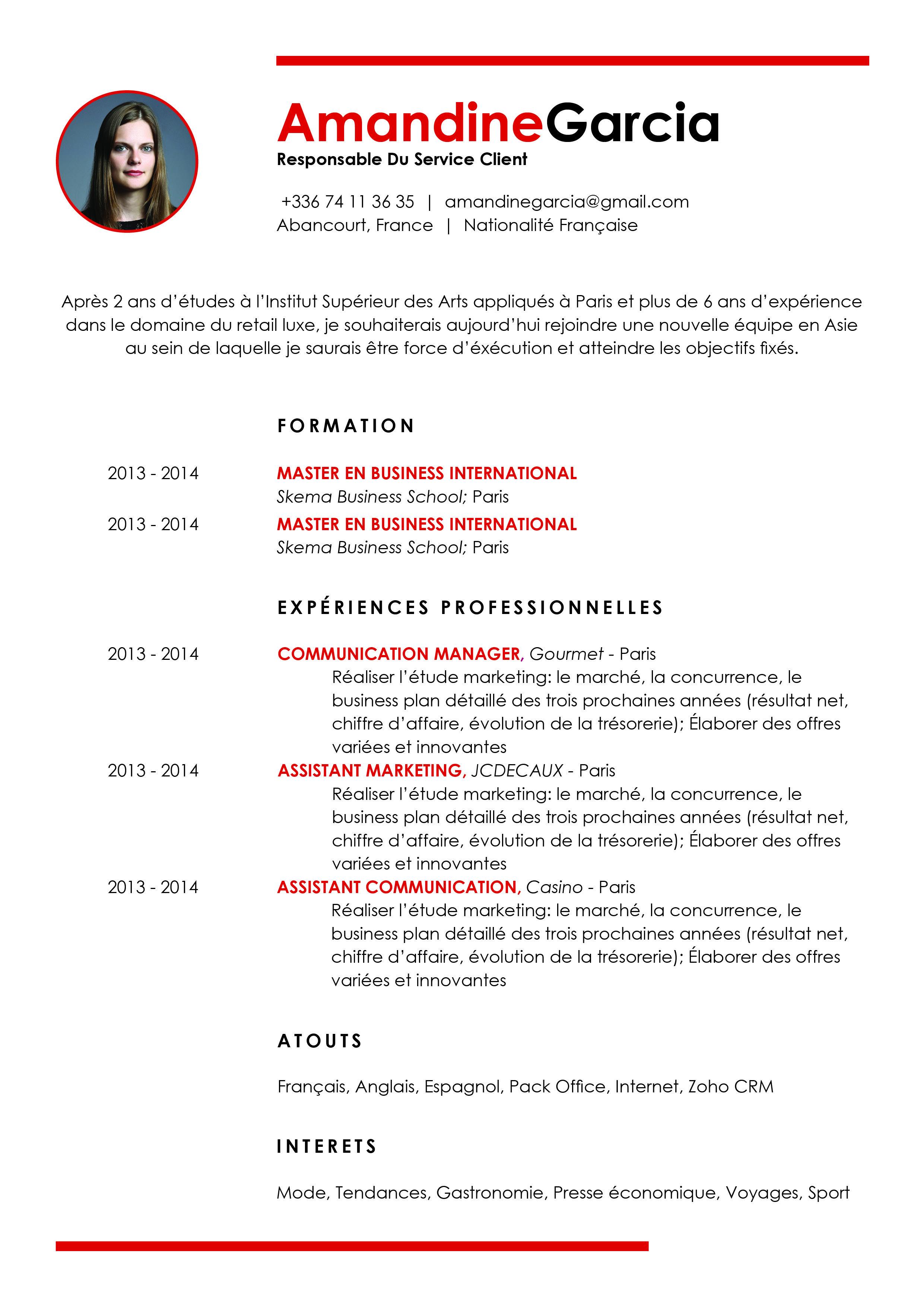 Souple La Presentation De L Identite En Haut De Page Represente Une Touche D Originalite Discrete Modele Cv Cv A Remplir Cv Classique