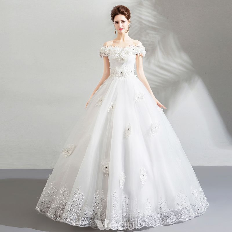 3415fba6c8ba Amazing / Unique White Wedding Dresses 2018 Ball Gown Lace Appliques  Rhinestone Off-The-Shoulder Backless Short Sleeve Floor-Length / Long  Wedding