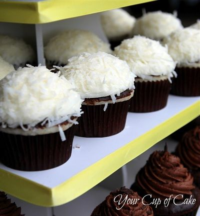 Coconut-Cupcakes with Chocolate Ganache