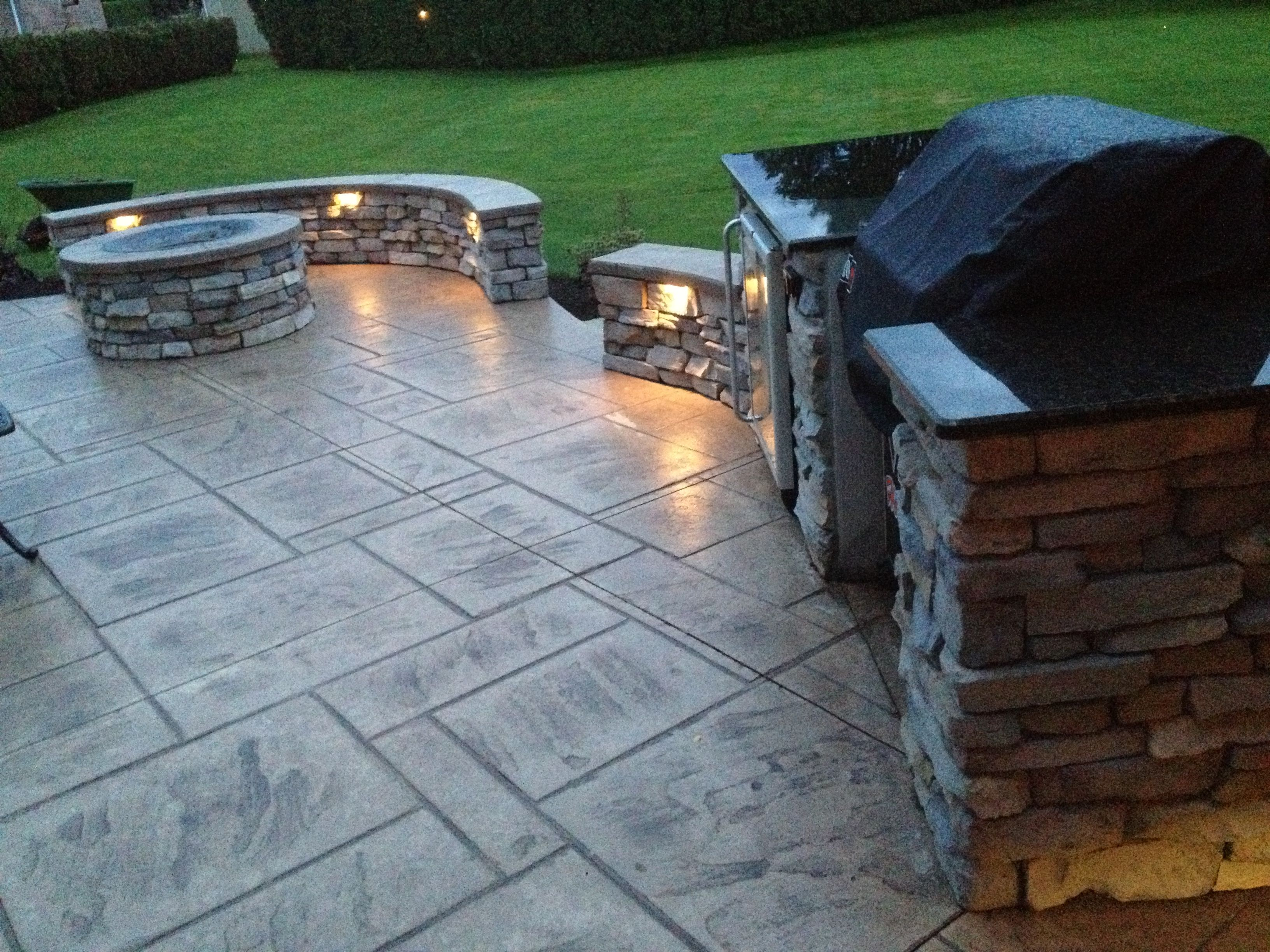 Patio with stampcrete, fire pit and grill area. LOVE THIS ...
