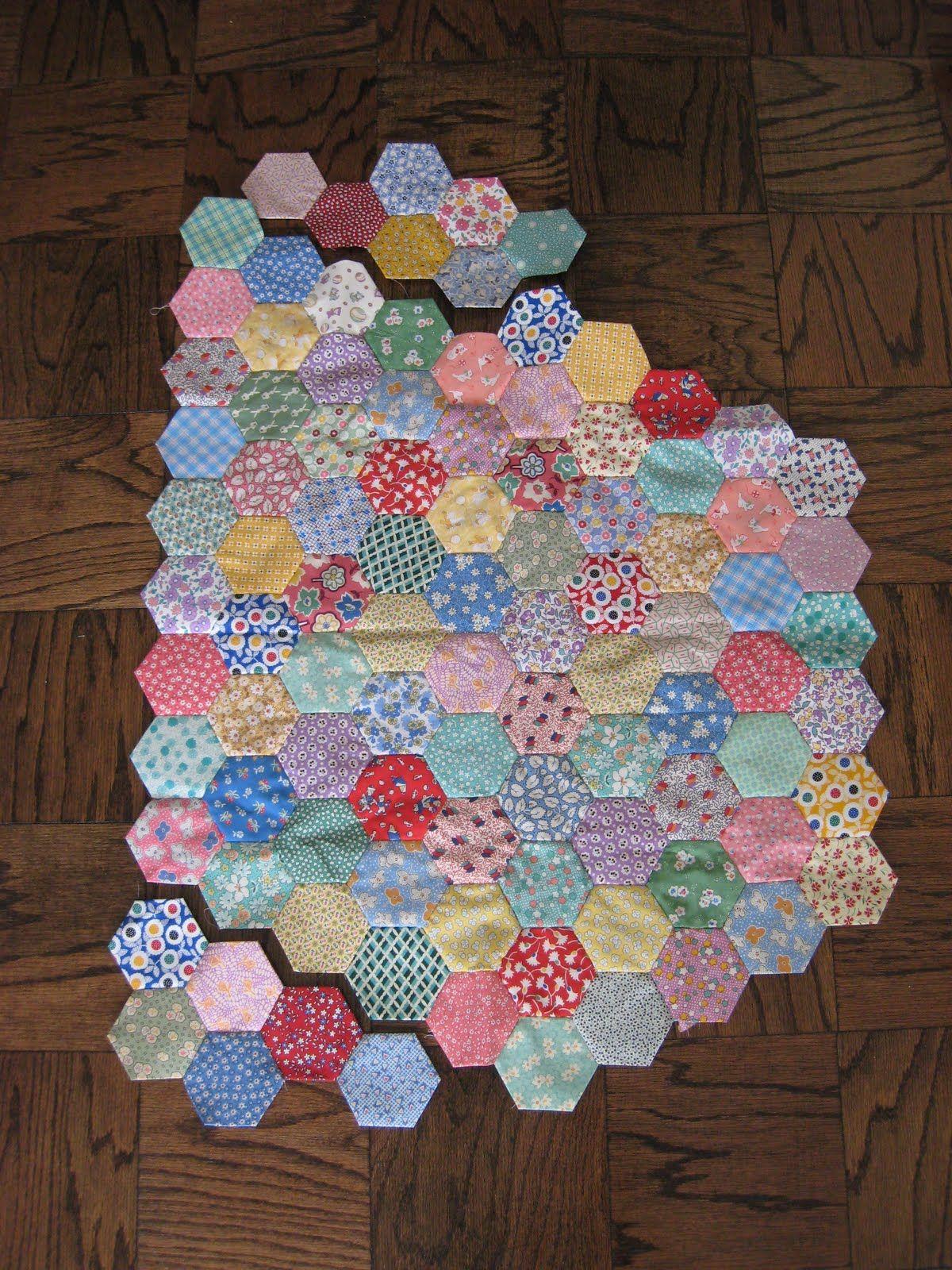 Patchwork Duck Designs: Handpieced Hexagons - Tutorial (Part 1 of 2)