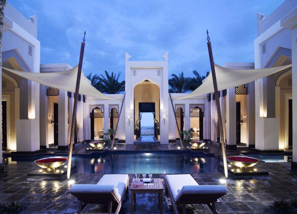 Sleep Like A Sheikh At The Al Areen Palace And Spa Where Each