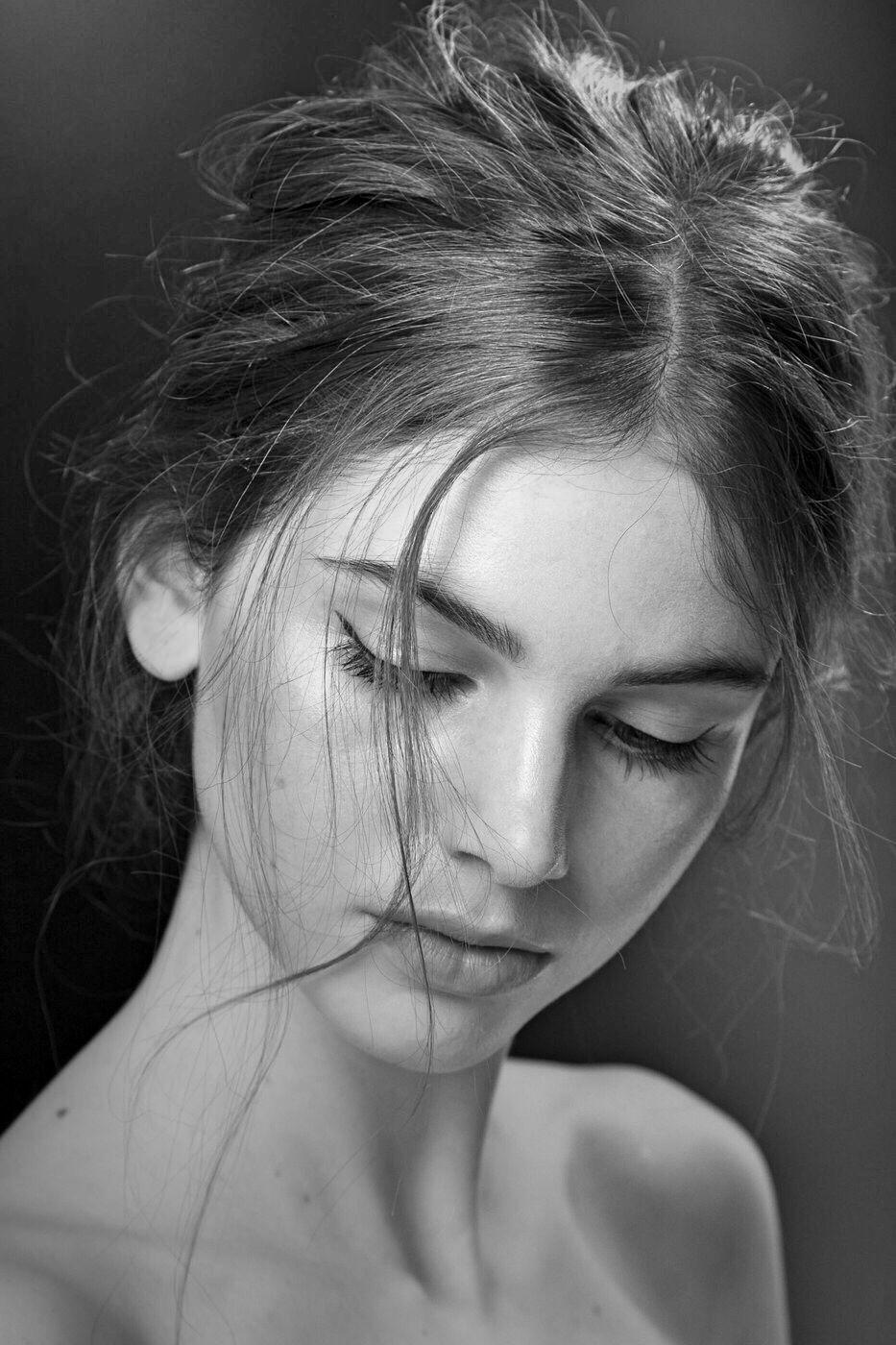 Black and white photo girls