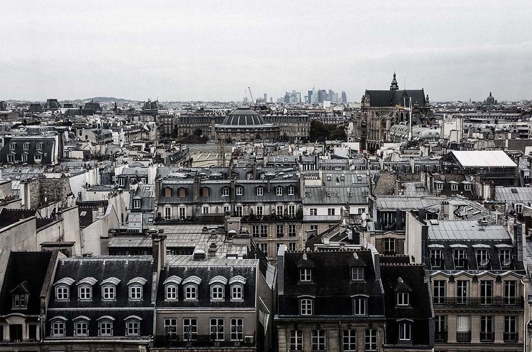 Rooftop View ,photo prise au Leica M9 www.camillegabarra.com, #cityportrait #since1974 #camillegabarraphotographer