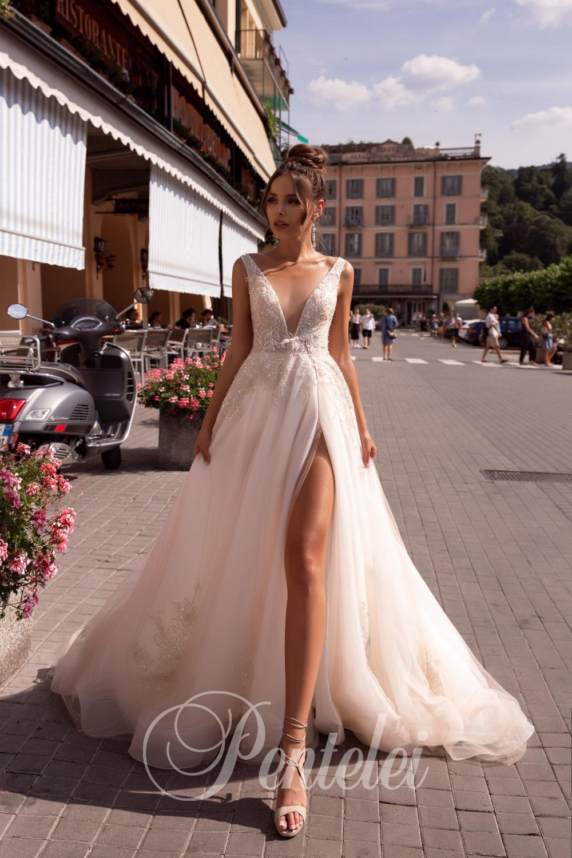 Wedding Dress Pentelei 2417 Wedboom Eu Online Store In 2020 Wedding Dresses Wholesale Wedding Dresses Wedding Dress With Feathers