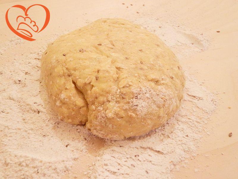 Pasta frolla ai cereali http://www.cuocaperpassione.it/ricetta/af191f4c-9f72-6375-b10c-ff0000780917/Pasta_frolla_ai_cereali_dolce_salato