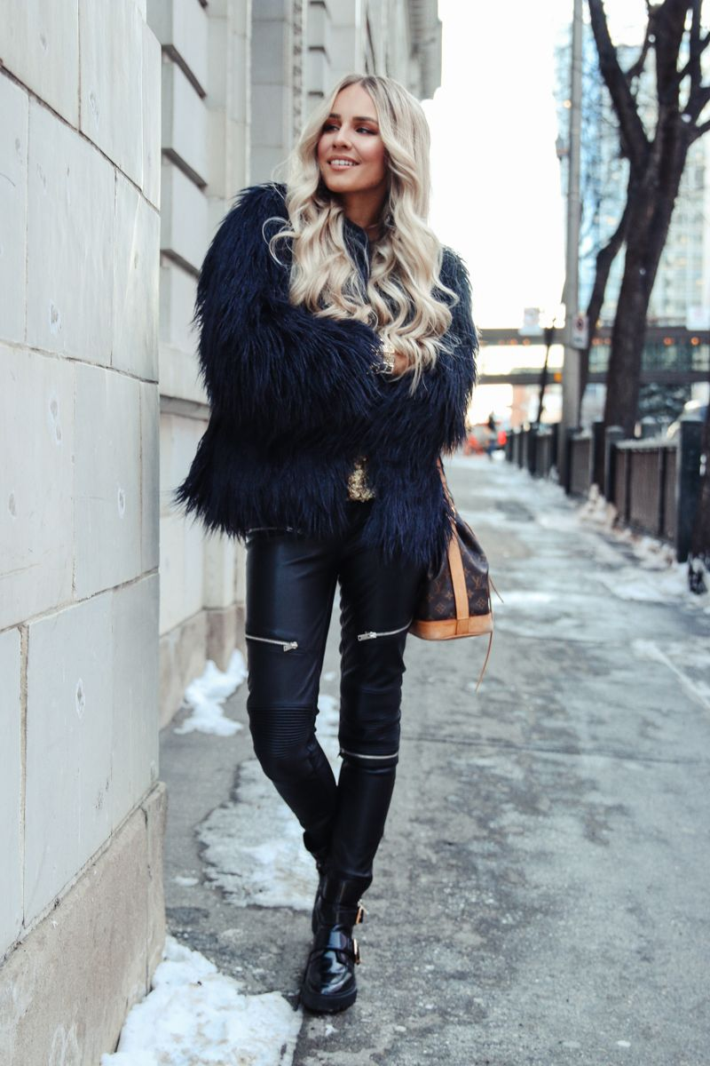 First outfit post in blue zara faux fur jacket feel