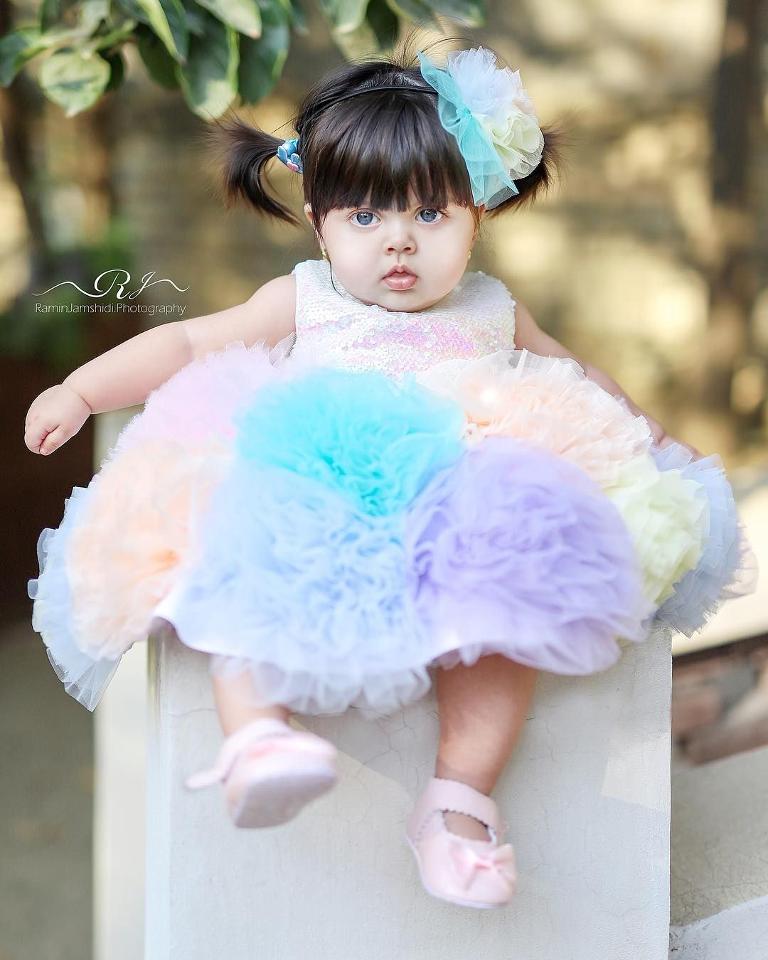 24 4k Likes 420 Comments Delvin Delvin 96 On Instagram عاشقتيم Hira Style Photo By R Cute Baby Twins Baby Girl Images Cute Baby Girl Wallpaper