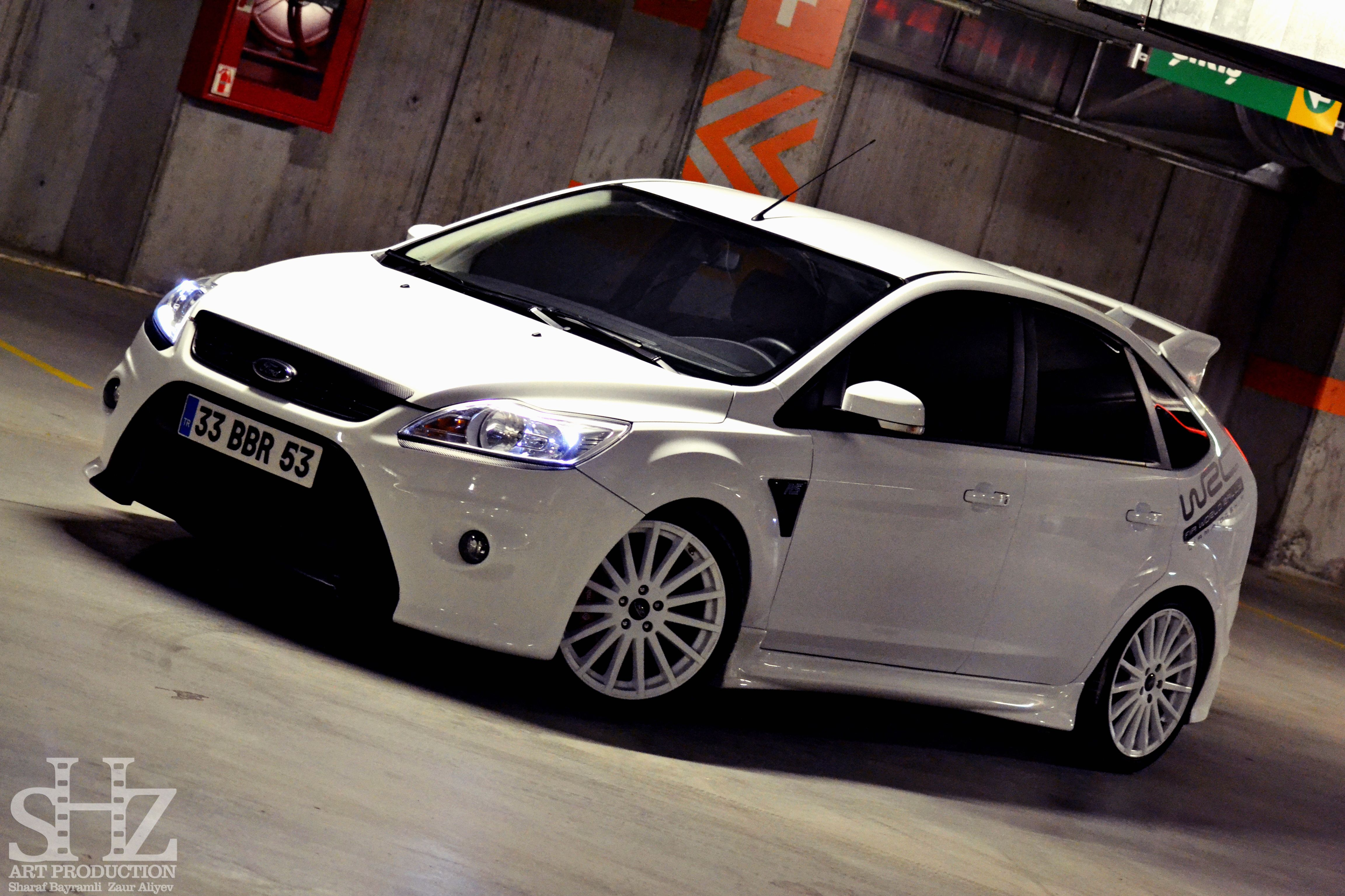 ford focus st mk2 facelift white color front bumper from. Black Bedroom Furniture Sets. Home Design Ideas