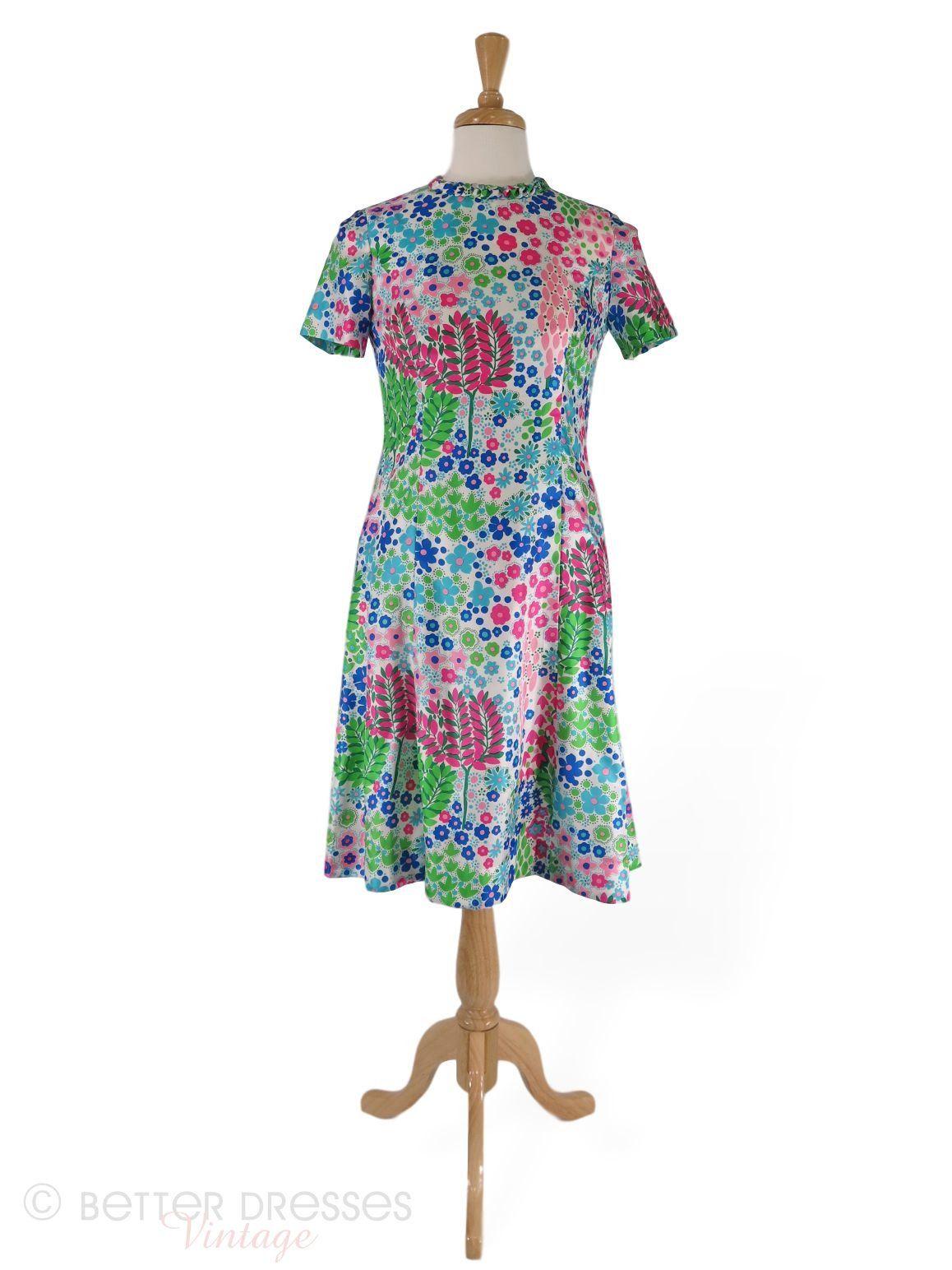 60s Floral Shift Dress Med In 2021 Floral Shift Dress Shift Dress Dresses [ 1544 x 1158 Pixel ]