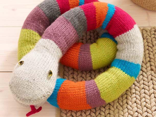 Strickanleitung für eine Kuscheltier-Schlange | Wunderweib #muñecosdeganchillo