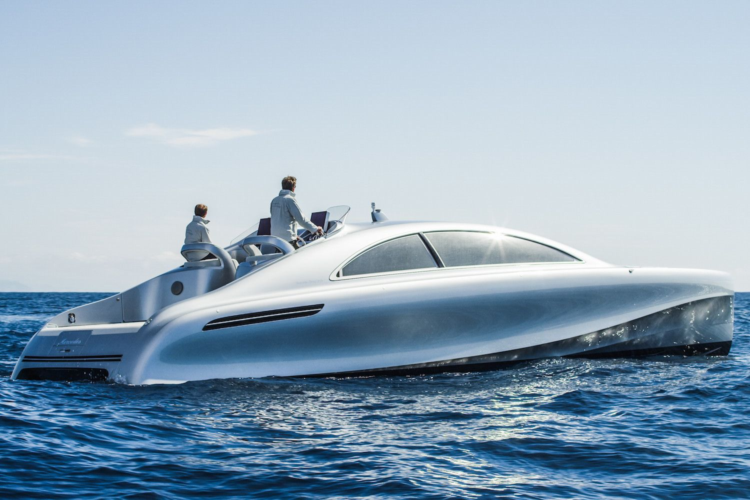 A stunning new yacht from Mercedes-Benz | May 04, 2016