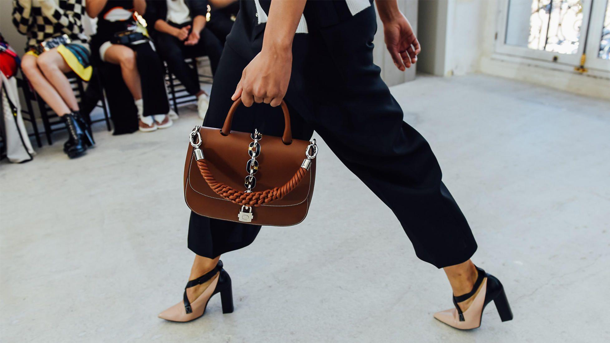e2185ee6cd NEWS - Exclusive online magazine | LOUIS VUITTON | Fashion | Fashion ...