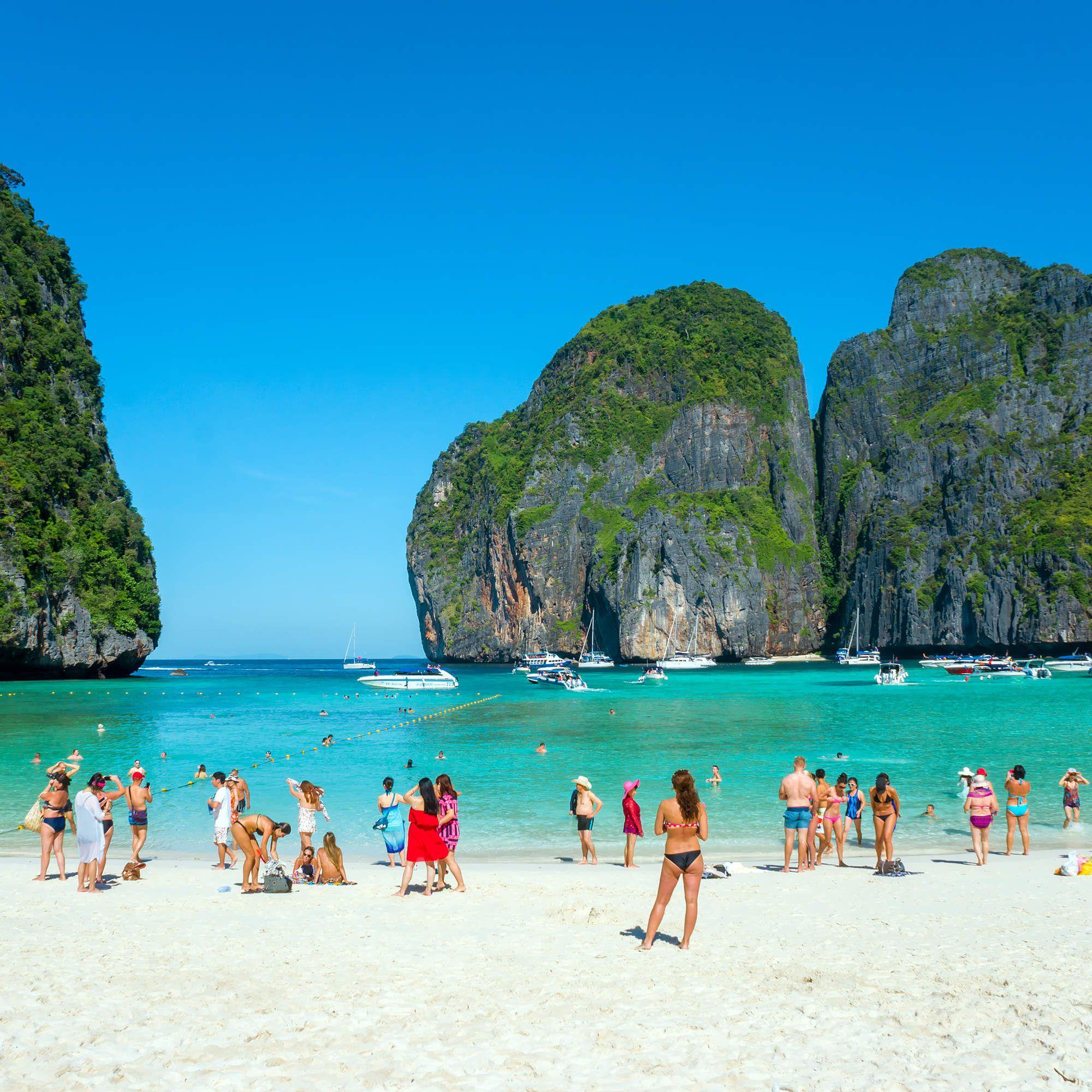 The 20 Best Beaches In Malaysia Jones Around The World Beachvacation Travel Bestislandvacat Best Island Vacation Travel Destinations Asia Asia Travel