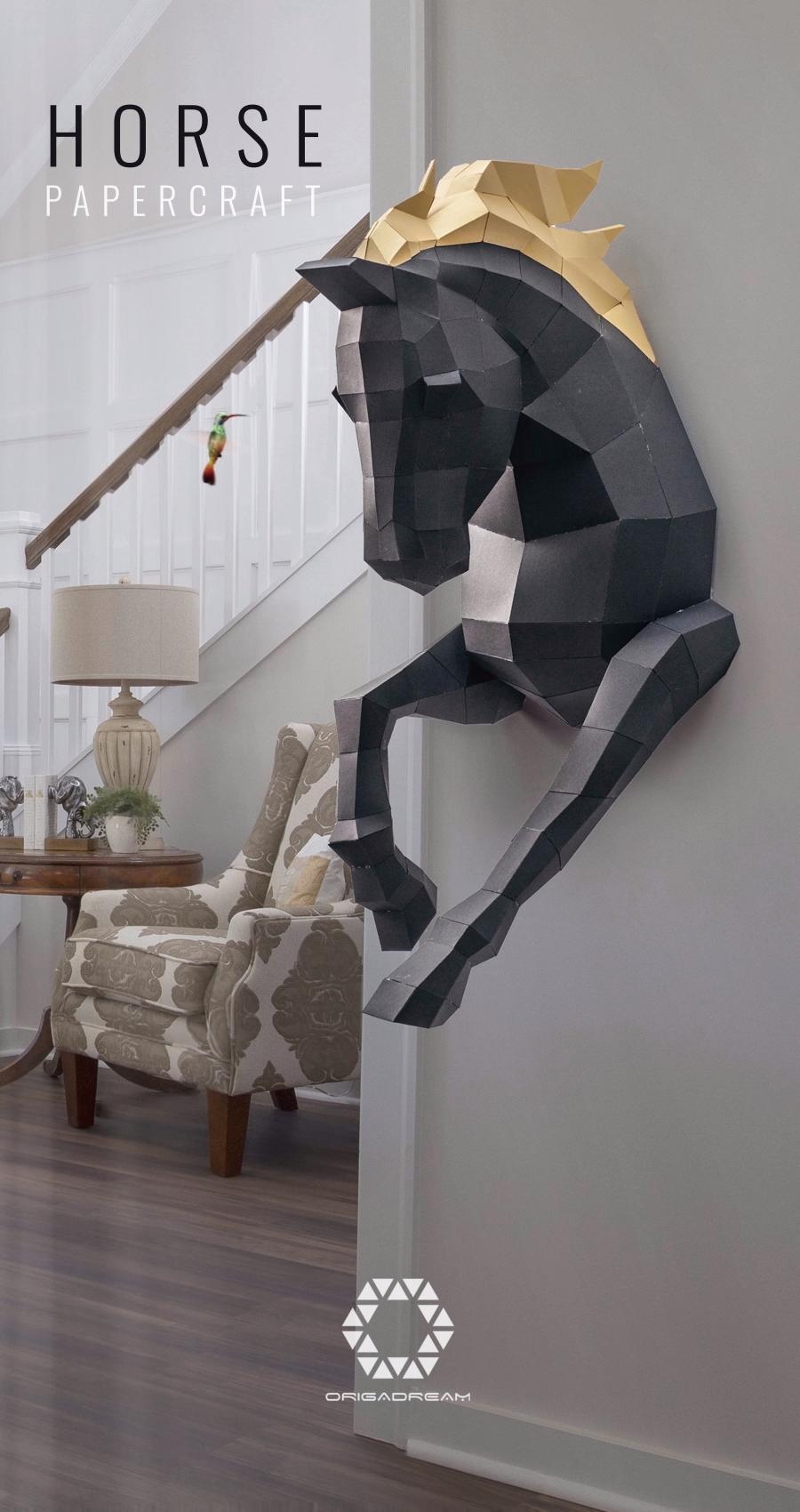 Amazing papercraft Horse trophy. Designer Bruno Sinnah