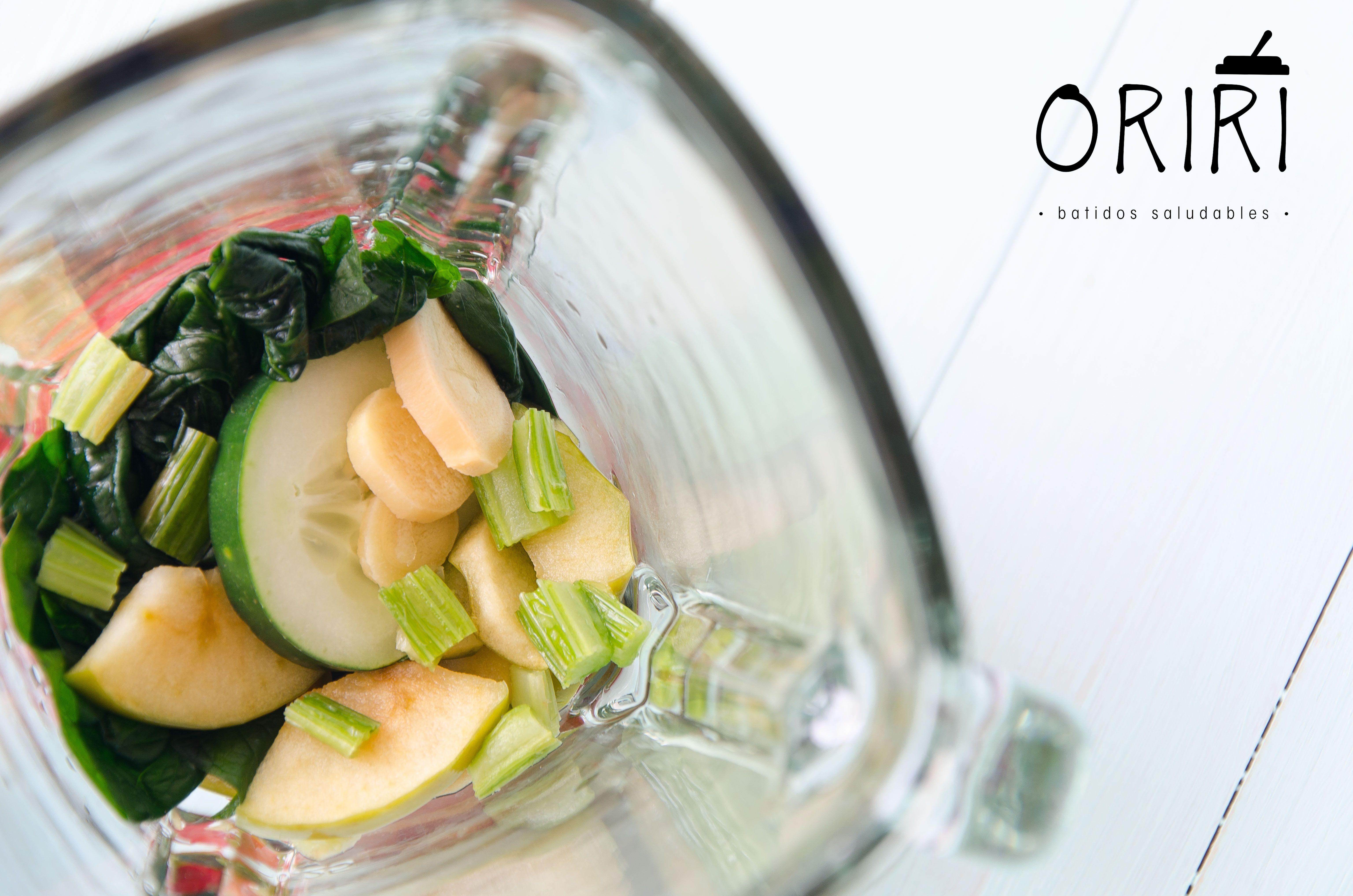"""Oriri: Del latin """"Origen"""" El inicio de un estilo de vida saludable y natural. Batidos congelados listos para preparar en segundos, solo necesitas una licuadora. Conoce nuestras mezclas en www.oriri.co Llámanos 📲 317 7027247 en Bogotá."""