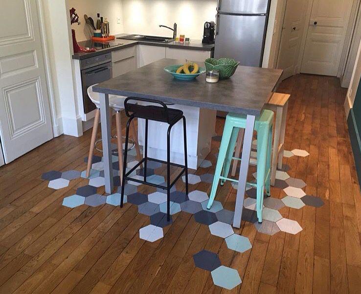 Tomette sur parquet cuisine st gilles decor ideas et sweet home for Deco laser maison