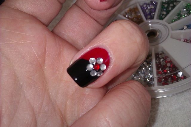 Simple Diy Nail Art Designs Easy Red And Black Nail Design With