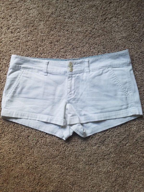 95e2bdd24fd American Eagle size 4 shorts