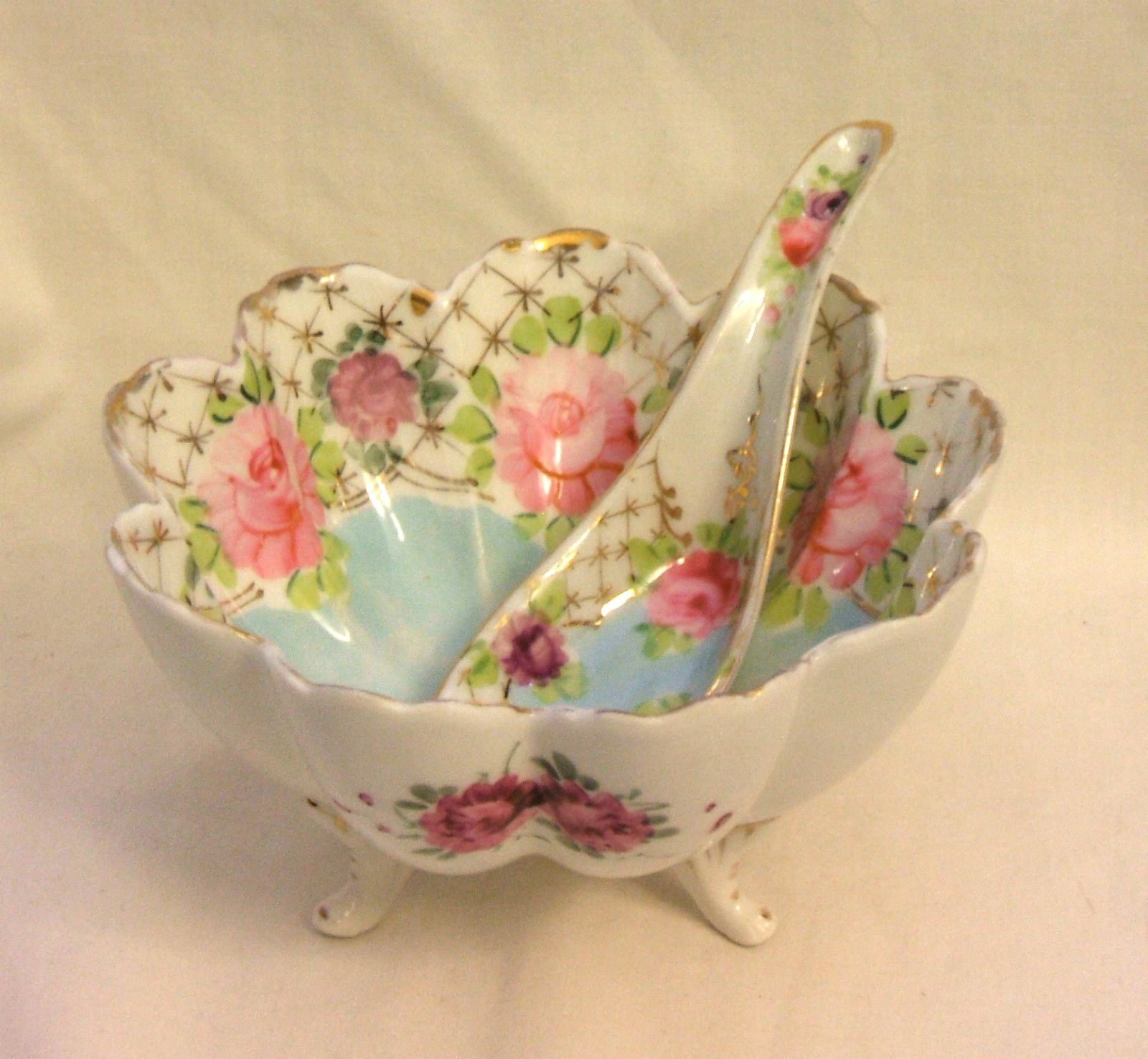 "Vintage Nippon Hand Painted Scalloped 3-Footed Bowl with Matching Spoon 3"" Tall"