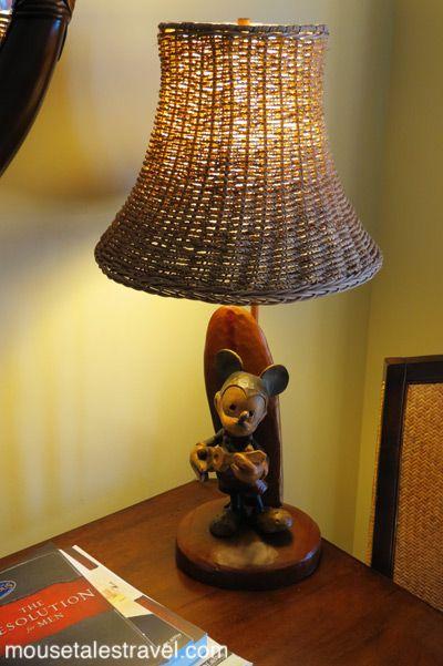Hawaiian mickey lamp at aulani klaresa loves this lamp sshhh so hawaiian mickey lamp at aulani klaresa loves this lamp mozeypictures Images