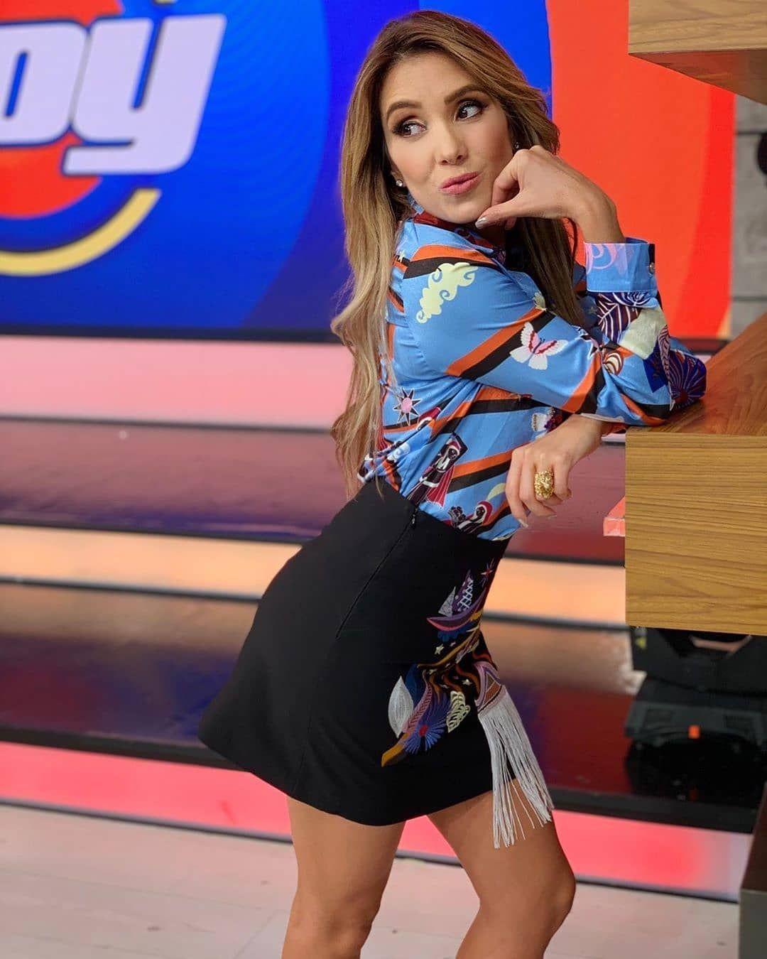 Andrea Escalona En Instagram Eres Mi Alegria In 2020 Style Fashion