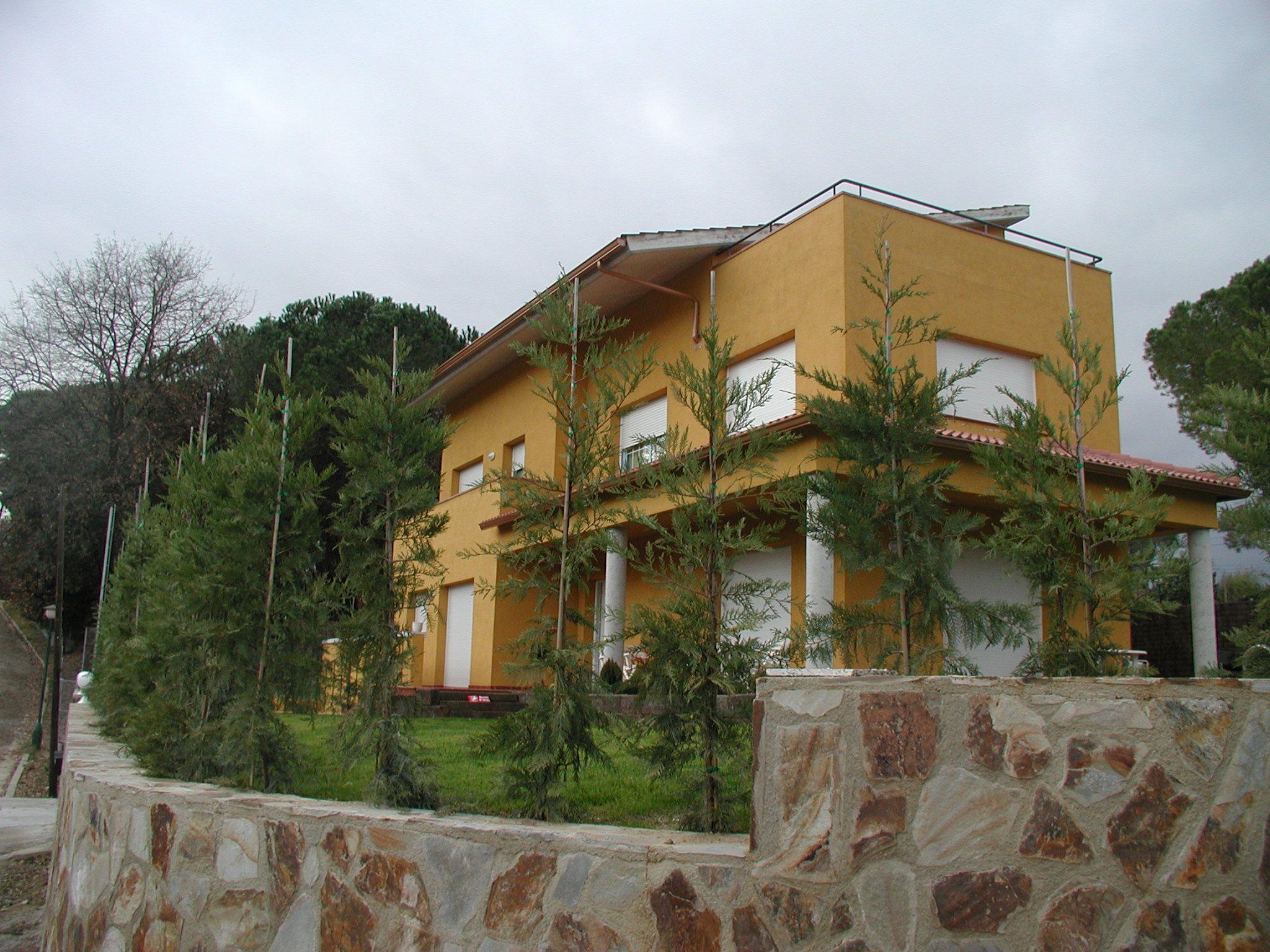 Exterior tradicional casas via planreforma fachada for Fachada tradicional