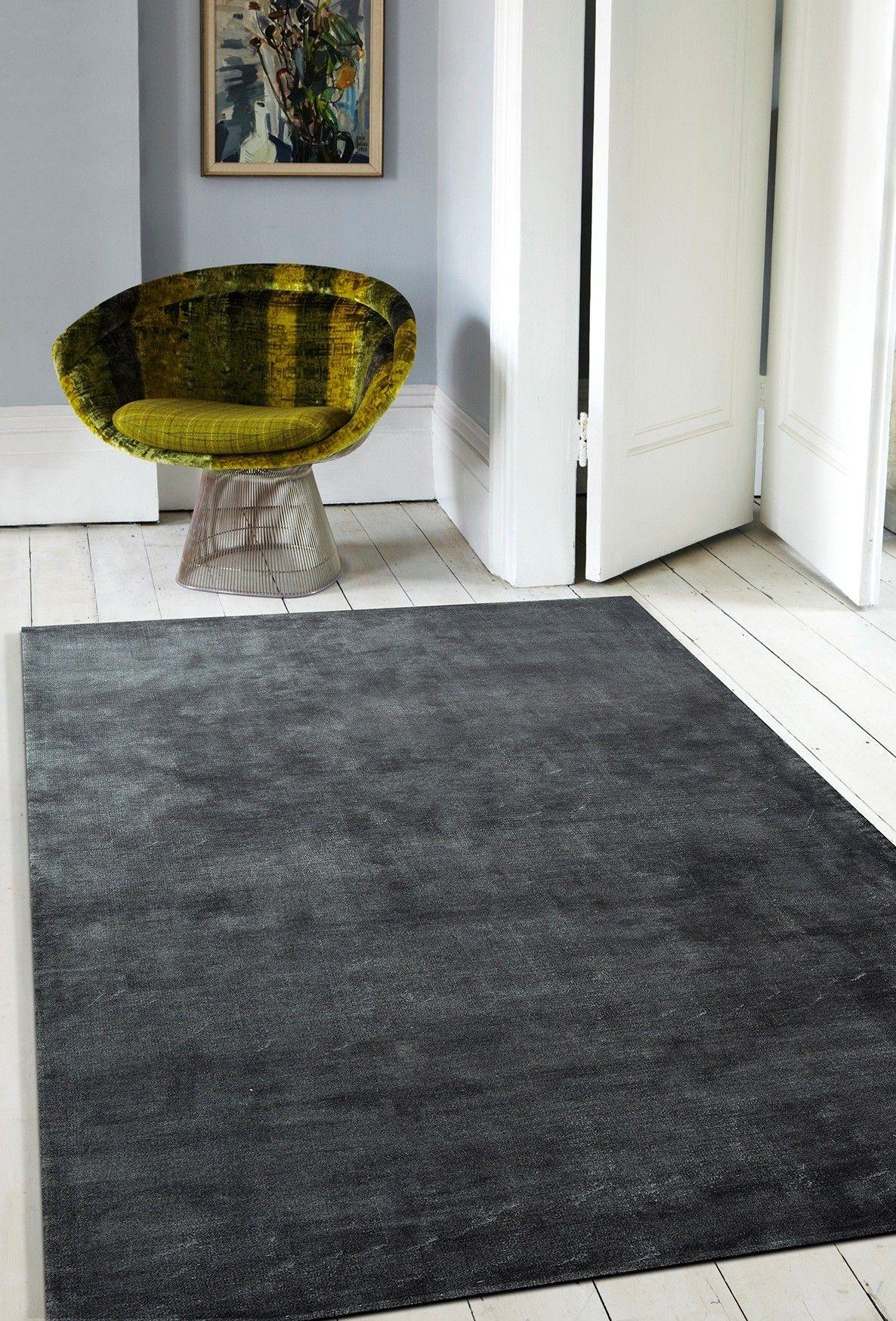 Velvet Underground Rug Dark Grey